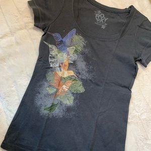 roxy | black t-shirt with hummingbird print